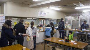 竹清では入口で天ぷらを注文