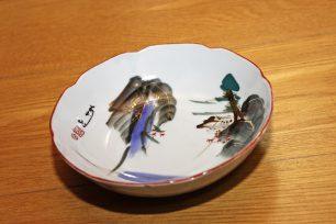 浅い皿のようなうどん鉢(高松市川島東町 安藤さん提供)。