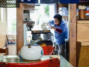 松川屋の羽釜と奥さん
